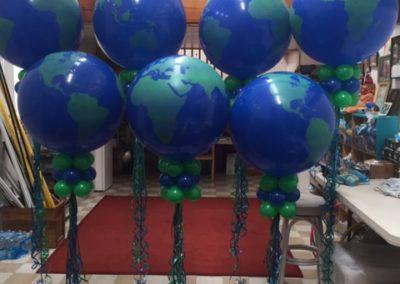 3′ Balloon and Marker Decor